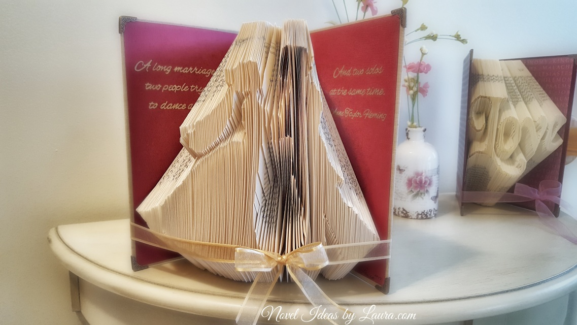 Novel Wedding Gifts: Wedding /Anniversary Couple Book Fold